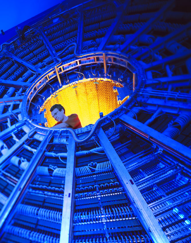 The ALICE Experiment, Time Projection Chamber, LHC, courtesy CERN 2007