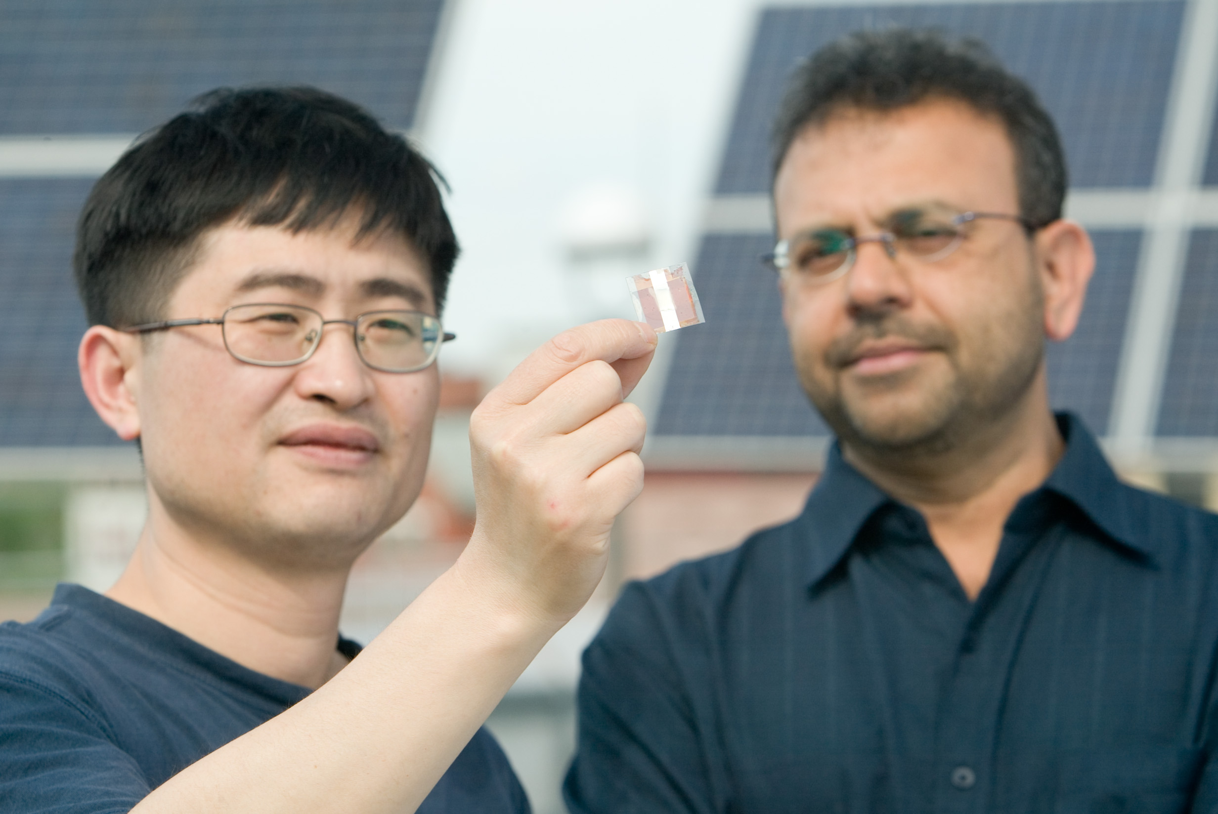 Inkjet-printable Solar Panels... Really!