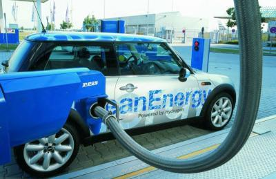 hydrogen fueling car
