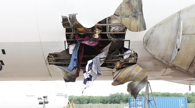 Bomb-Proof Lining Contains Explosions In Aircraft