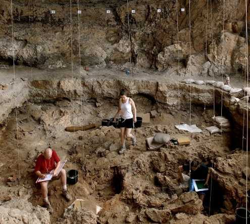 Reconstruction Of 12,000 Year Old Funeral Feast Brings Ancient Burial Rituals To Life