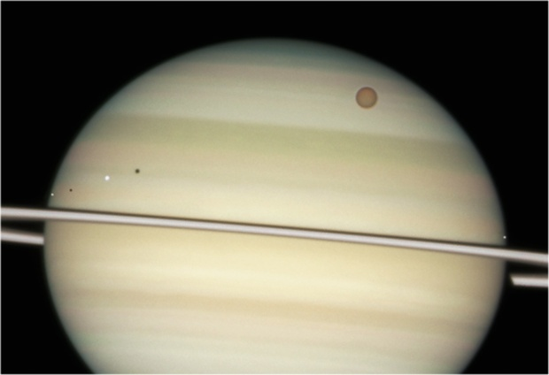 4 Saturn moons in sight Feb 2009