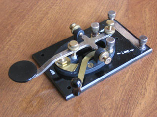 telegraph key, from wikimedia commons