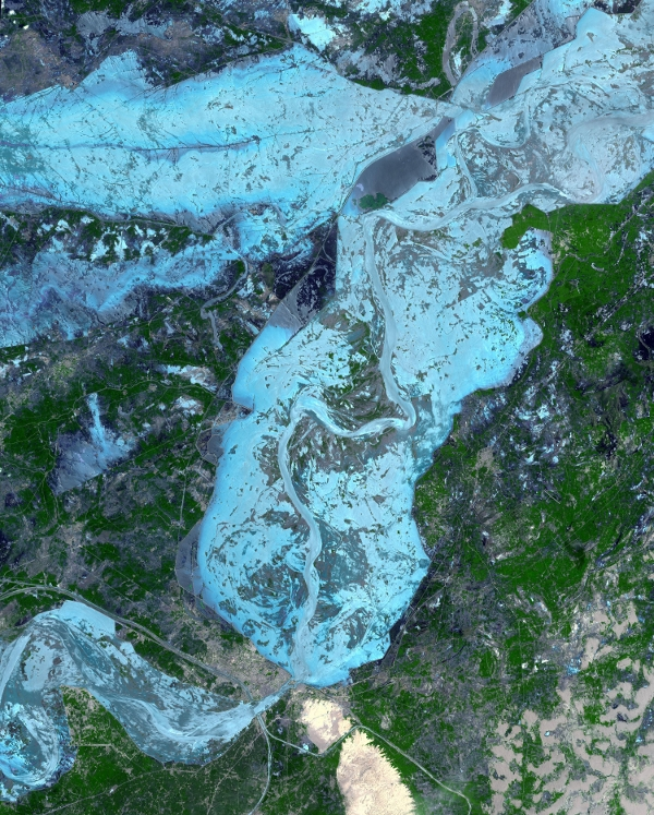 World Water Week 2010 - Space Perspectives On Inland Water Bodies