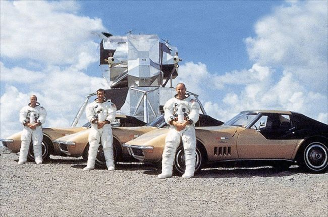 In The '60s, GM Gave Astronauts Corvettes For $1 a Year - Now One 'Astrovette' Is In The Historic Register