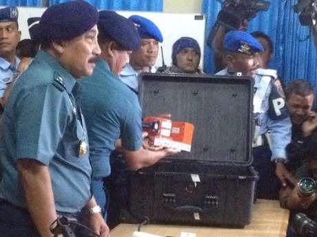 AirAsia 8501 - Both Black Boxes With NTSC