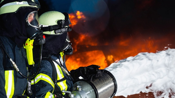 Chemicals To Put Out Fires Are 'Riskier' For Firefighters Than Actual Fires? Not According To Science