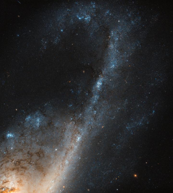 Starbursts In Virgo