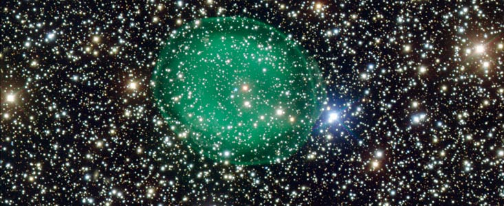 Planetary nebulae IC 1295's ghostly green bubble