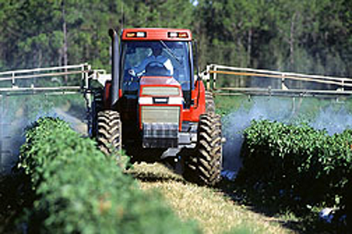 Sprayer image from the USDA