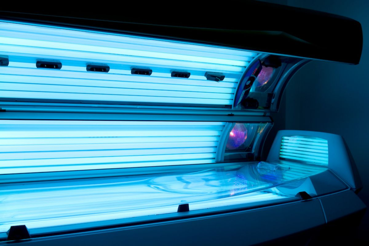 Gay People Far More Likely To Use Tanning Salons - And It's Leading To 2X More Skin Cancer