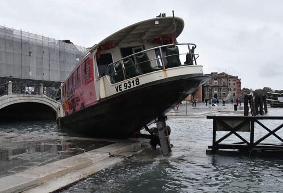 Venice Flooded Again Today, While Precious Manuscripts Get Wasted