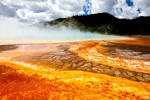 Yellowstone Volcanic System Four Times Bigger Than Thought